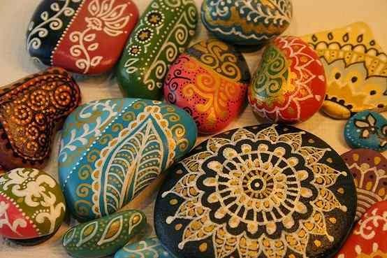 pedras decoradas 2