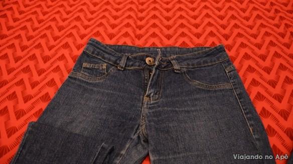 customizaçao calça jeans spikes tachinhas