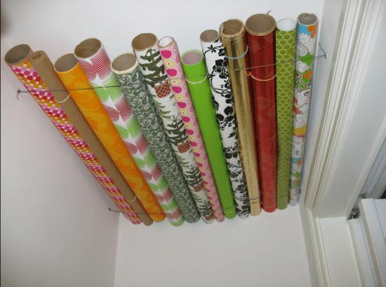 forma de guardar organizar papel de presente rolo de papel