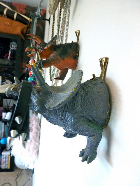 porta joias parede dinossauro
