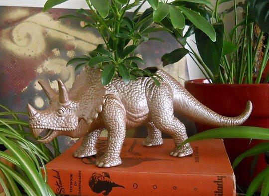 vaso dinossauro