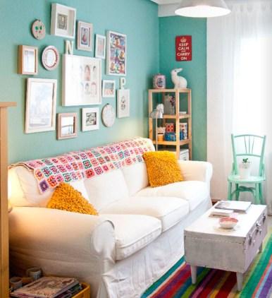 parede azul composicao quadros