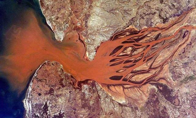 desembocadura rio betsiboka