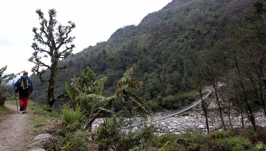 trekking al Campamento Base del Annapurna - new bridge
