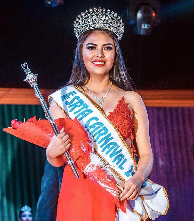 [Fotos] Astrid Zapata Quispe es Srta. Carnaval Ayacuchano 2019
