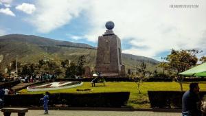 Mitad del mundo quito ecuador viajando por un suenyo