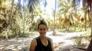 Carol camino bosque parque tayrona vx1s
