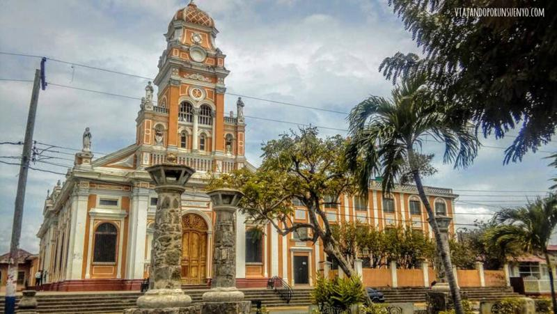 Granada viajando por un sueño Iglesia Xalteva