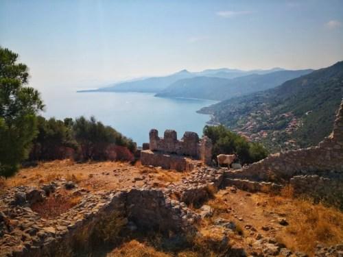 La vista desde la cima de La Rocca en Cefalu, Sicilia