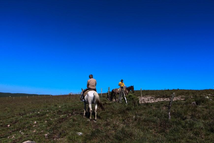 Cavalgada até o Pico do Monte Negro - São José dos Ausentes - RS - Brasil Foto: Ivane Fávero