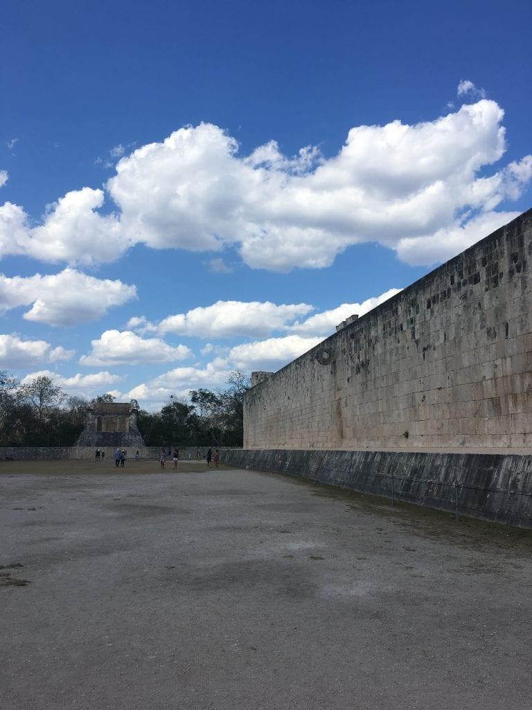 Recinto donde se celebraba el Juego de la Pelota maya