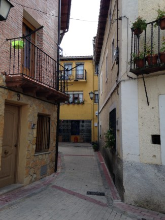 One of the many winding alleys in the pueblos