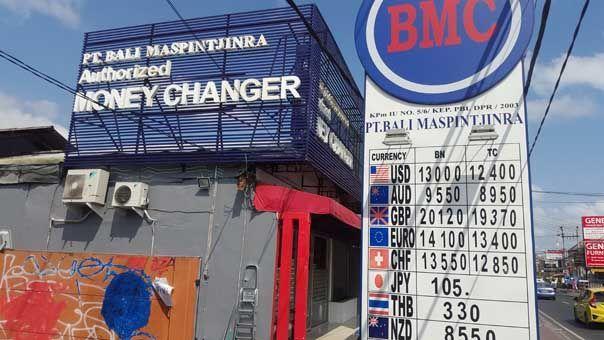 BMC cambiar tu dinero a rupias en Bali
