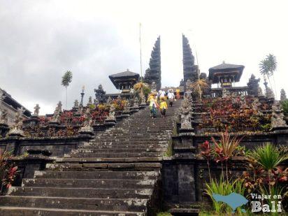 Templo Madre Pura Besakih