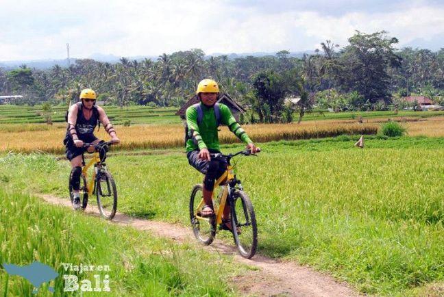 presupuesto-viaje-bali-actividades-bici