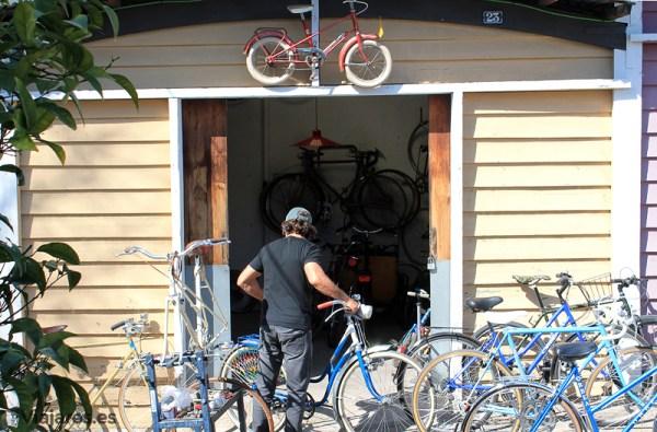Bicicletas antiguas reparadas y restauradas
