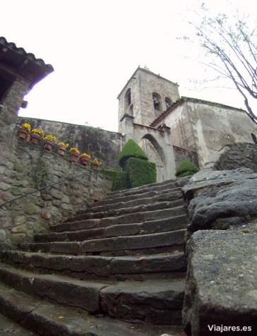 Iglesia del pequeño pueblo de Sant Privat d'en Bas
