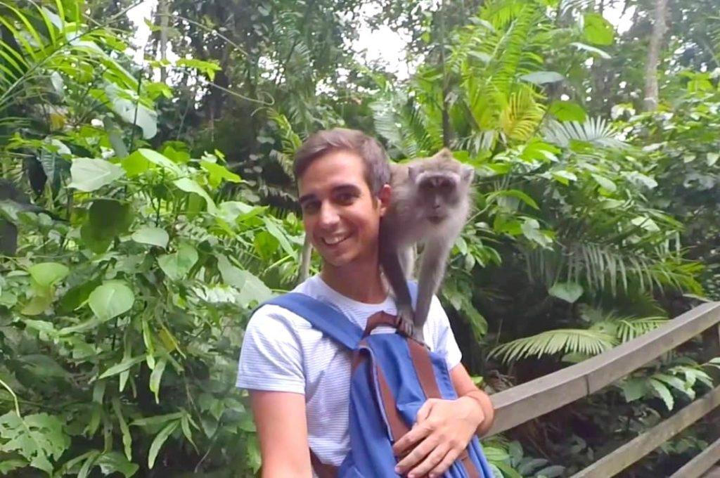 De este mono sí que me hice amigo en el Monkey Forest de Ubud