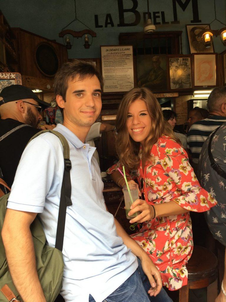 En interior de La Bodeguita de en Medio, La Habana