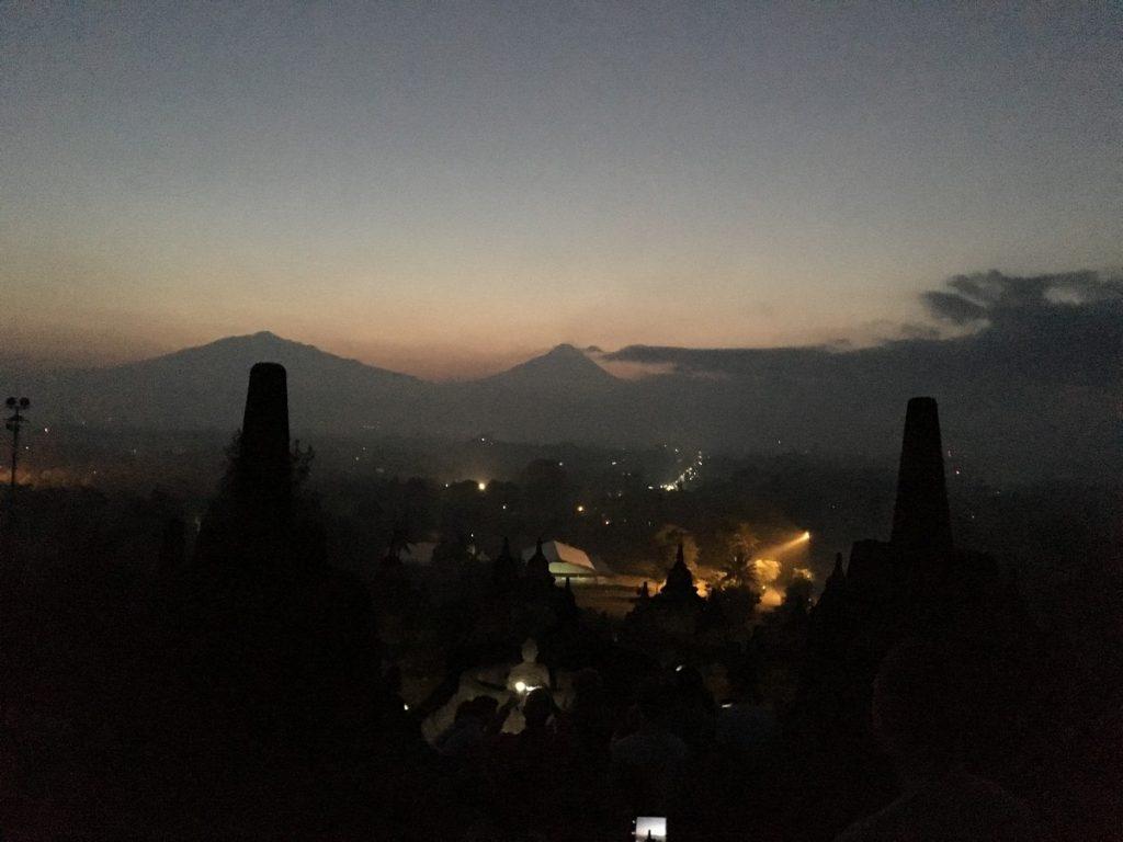 De noche en Borobudur