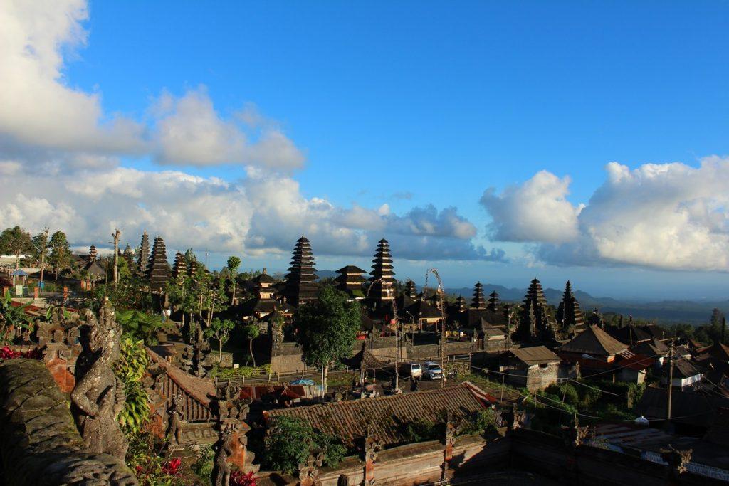 Vistas desde lo alto de Pura Besakih