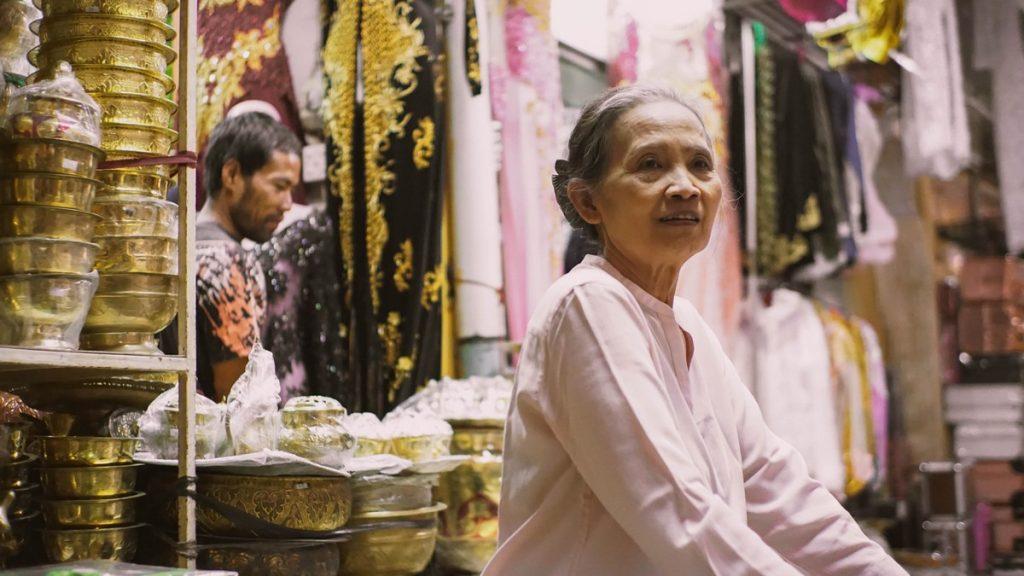 Tienda de batiks en la calle Malioboro