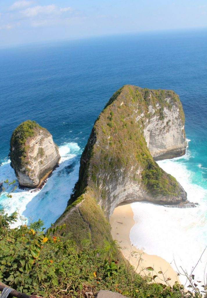 Las famosas vistas del T-Rex de Nusa Penida, Indonesia