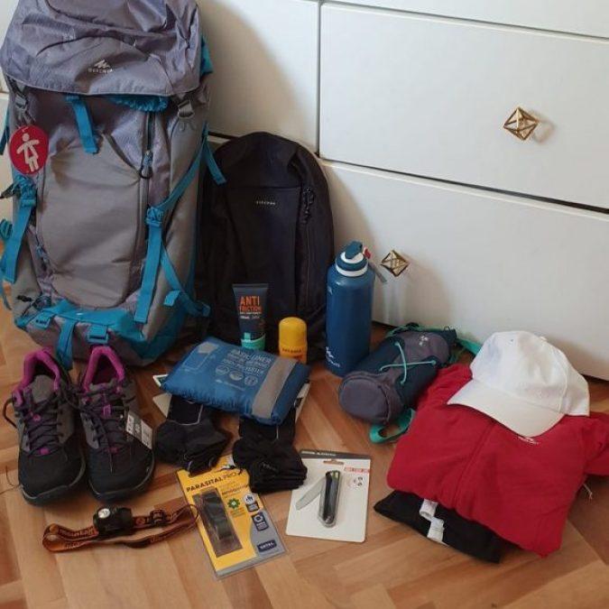 Todo el equipamento que llevamos al Camino de Santiago
