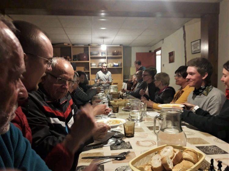 Cenando en Tosantos