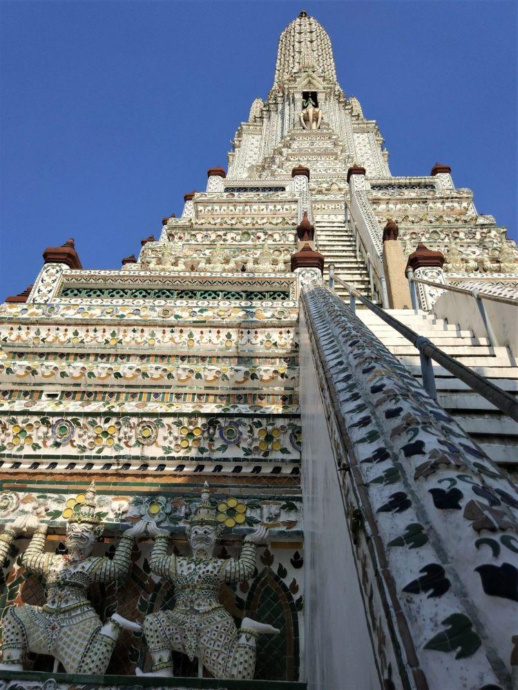 Escaleras Wat Arun