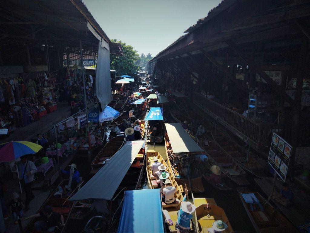 Mercado flotante Damnoen Saduak