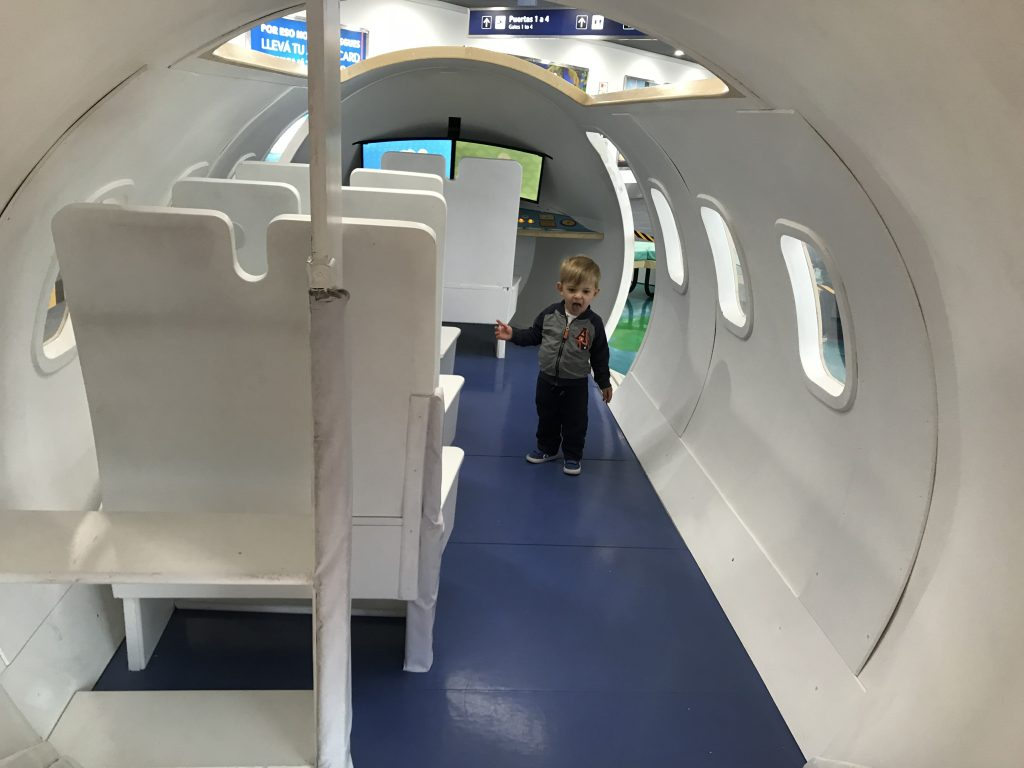 Club de pequeños viajeros aeropuerto Ezeiza