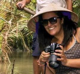 Camara de fotos Nikon hacer mochila para dar vuelta al mundo