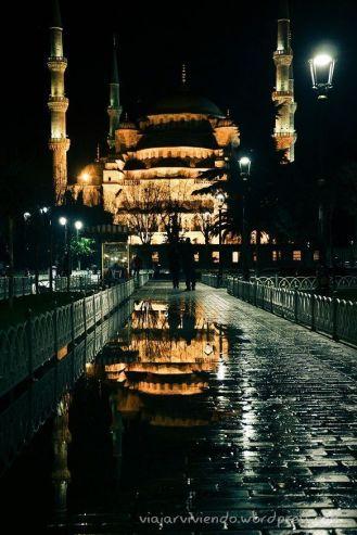 Reflejos: Mezquita Azul doblemente bella