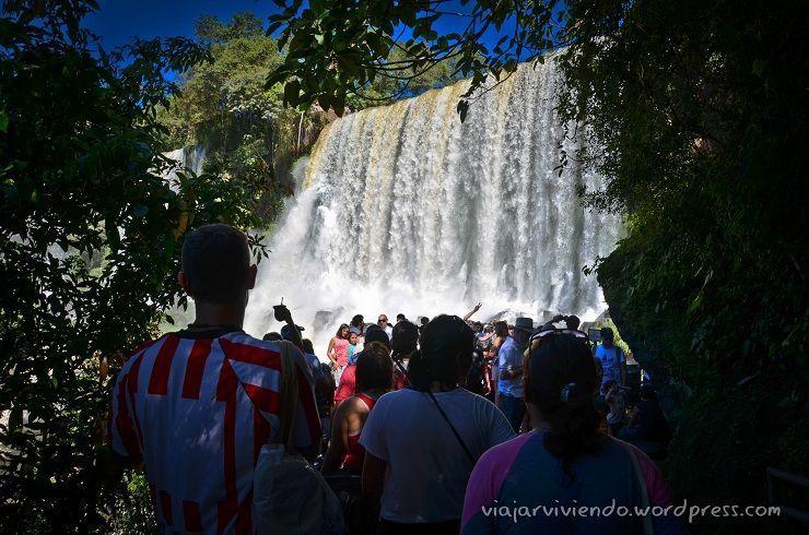 mucha gente en Iguazú