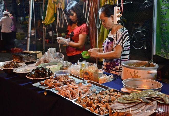 el mercado nocturno de Hué