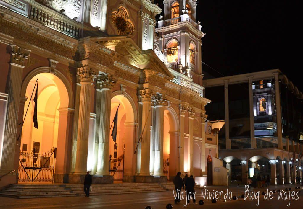que ver en Salta - la catedral de noche
