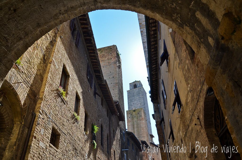 San Gimignano - ruta en auto por Italia