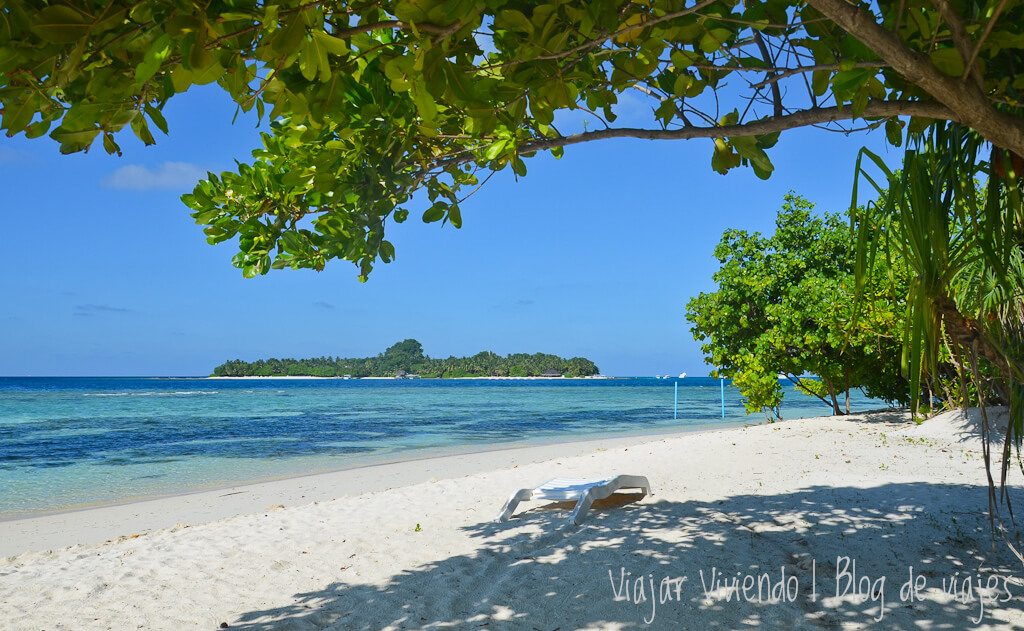 bikini beach rasdhoo maldives