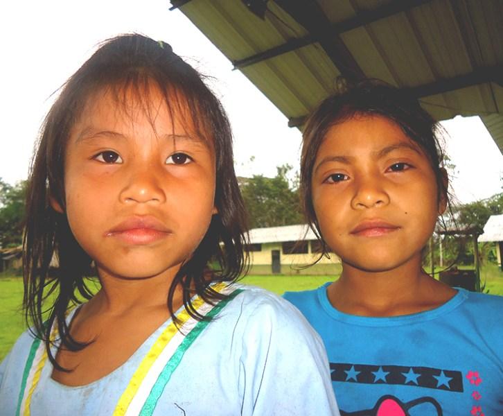 Niños del amazonas Ecuador