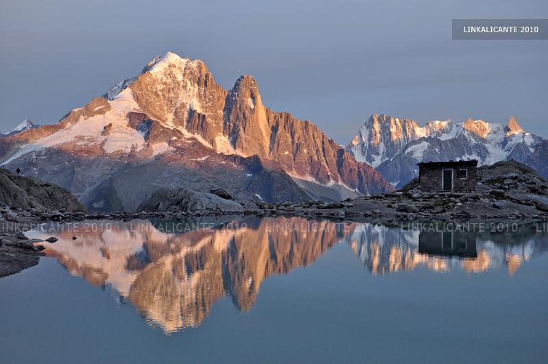 viaje-alpes-atardecer-lago-blanco