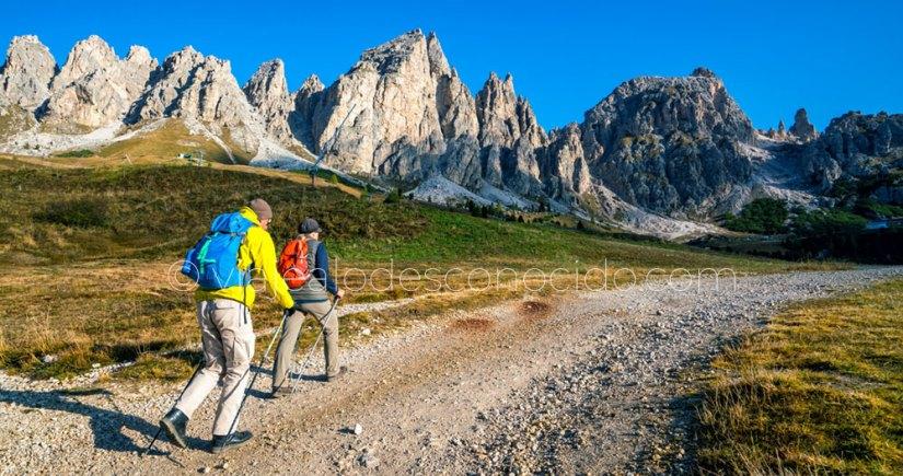Trekking en Dolomitas (Italia)