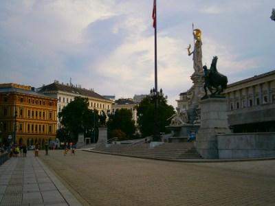 Un fragmento de la Ringstrasse, que rodea el centro de Viena