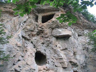 Una de las cuevas del sitio arqueológico de Zhukudian