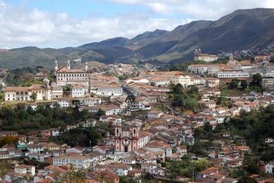Vista general de Ouro Preto, asentada sobre una colina