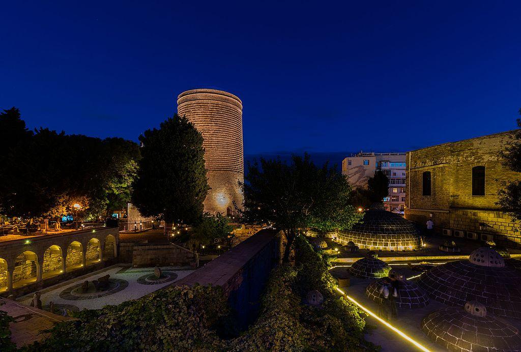 Ciudad amurallada de Bakú, palacio de los sahs de Shirvan ...