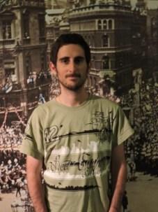 Antes de la entrevista en el Museo de la Universidad de Tel Aviv, Israel.