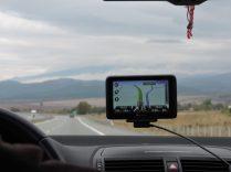 Viktor maneja camino a Sofia