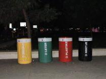 Ordenar la basura en Tirana, Albania
