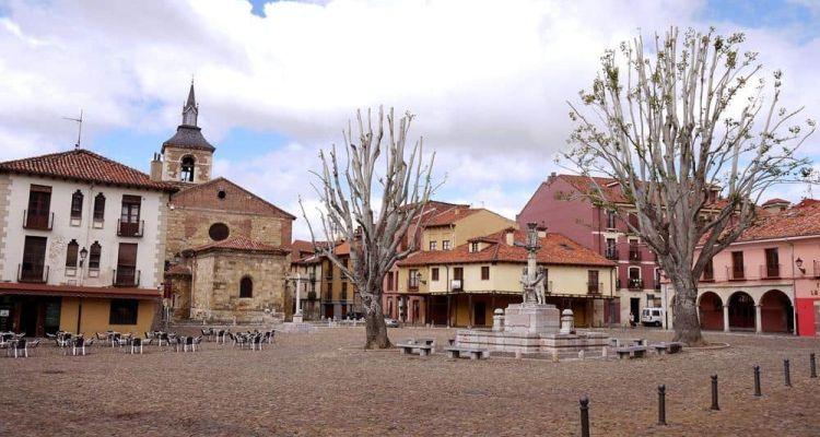 Plaza del Trigo Leon